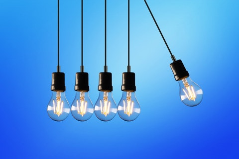 tips to help marketers - blue lightbulbs